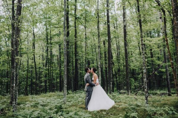 Minnesota-Woodland-Wedding-at-Juliane-James-Place-Matt-Lien-7