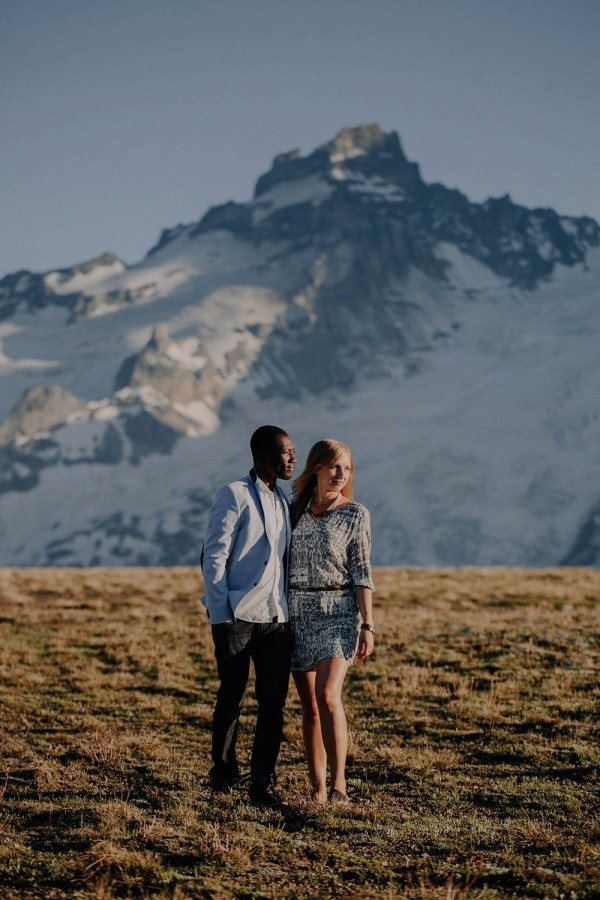 Stylish-Mountain-Engagement-at-Mount-Rainier-National-Park-Robert-J-Hill-Photography-10-of-22-600x900