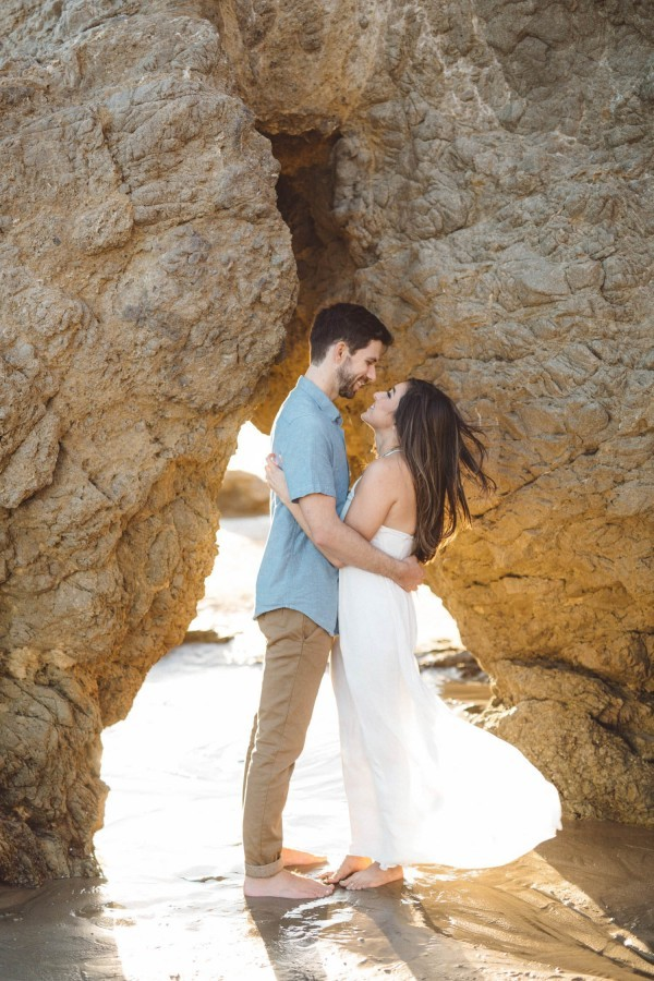 Sunset-Engagement-El-Matadr-State-Beach-Anna-Delores-Photography-15-of-25-600x900
