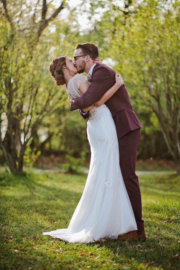 Totally-Chic-Woodland-Wedding-in-Oklahoma-City-Jamie-Jones-Photography-42