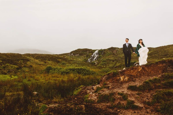 Wild-Isle-of-Skye-Elopement-Proves-Location-Everything-12