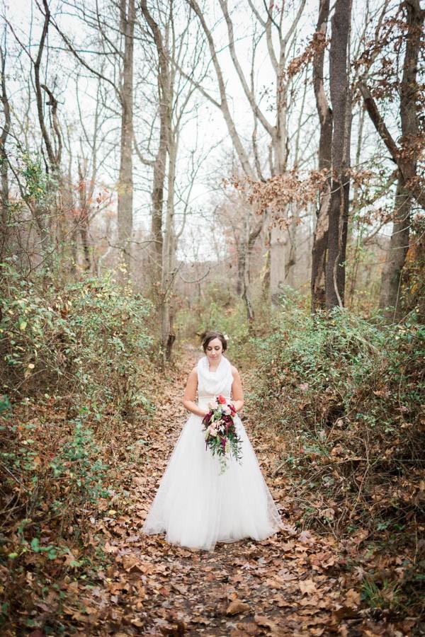 Winter-Wedding-at-Gunpowder-Falls-State-Park-Alysia-and-Jayson-15