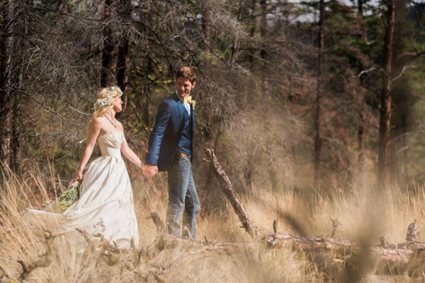 Blue-Yellow-Boldly-Romantic-Rustic-Horse-Ranch-Wedding-Ashcroft-26