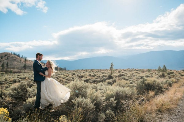 Blue-Yellow-Boldly-Romantic-Rustic-Horse-Ranch-Wedding-Ashcroft-33