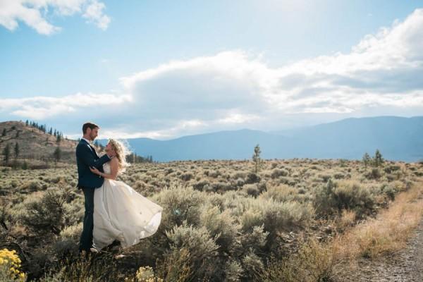 Blue-Yellow-Boldly-Romantic-Rustic-Horse-Ranch-Wedding-Ashcroft-33