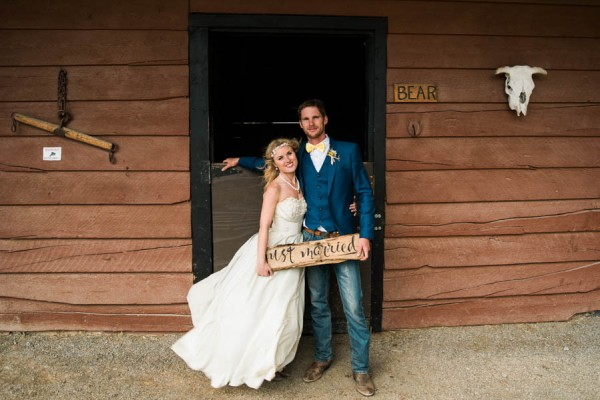 Blue-Yellow-Boldly-Romantic-Rustic-Horse-Ranch-Wedding-Ashcroft-34