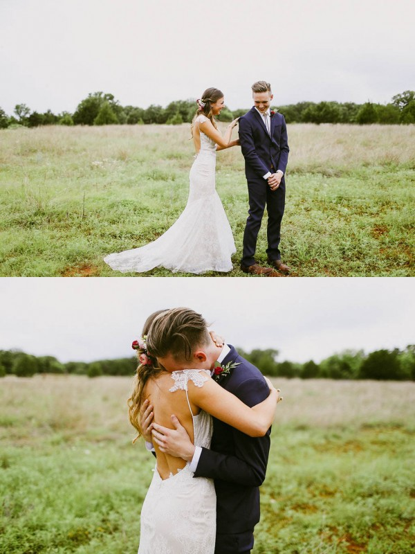 Blush-and-Beige-Oklahoma-Wedding-First-Look