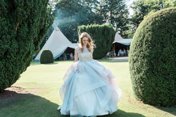 Dreamy-Scottish-Tipi-Wedding-Greenbank-Garden-20