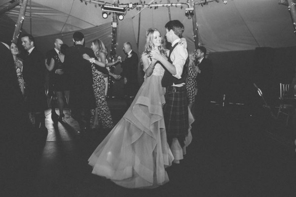 Dreamy-Scottish-Tipi-Wedding-Greenbank-Garden-24