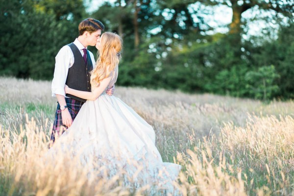 Dreamy-Scottish-Tipi-Wedding-Greenbank-Garden-28