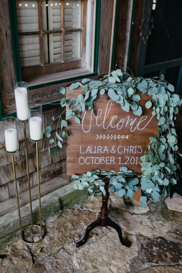 Effortlessly-Elegant-Missouri-Wedding-Lalumondiere-River Mill-Gardens-24