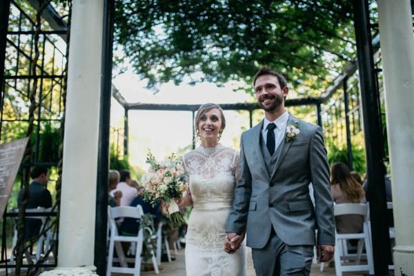 Effortlessly-Elegant-Missouri-Wedding-Lalumondiere-River Mill-Gardens-32