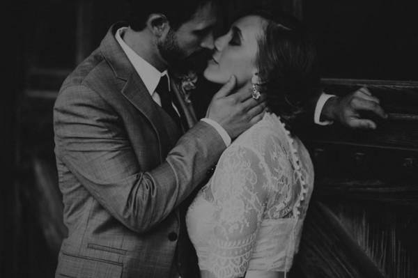 Effortlessly-Elegant-Missouri-Wedding-Lalumondiere-River Mill-Gardens-34