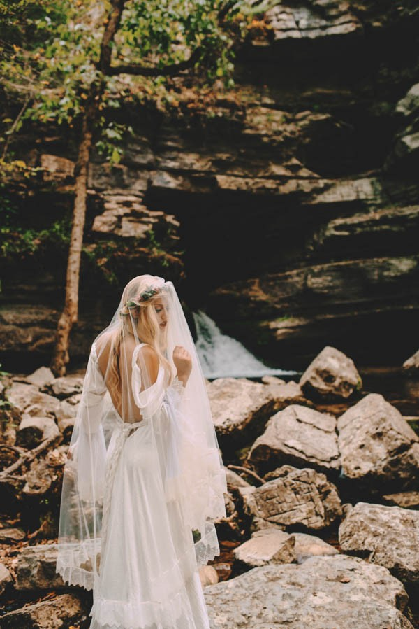 Free-Spirited-Bridal-Inspiration-Blanchard-Springs-LAYERS-12