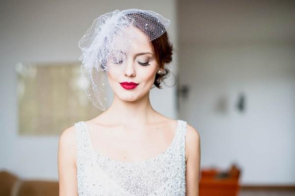 Glam-Bridal-Looks-For-Any-Bride-Tati-Pinho-6-600x399