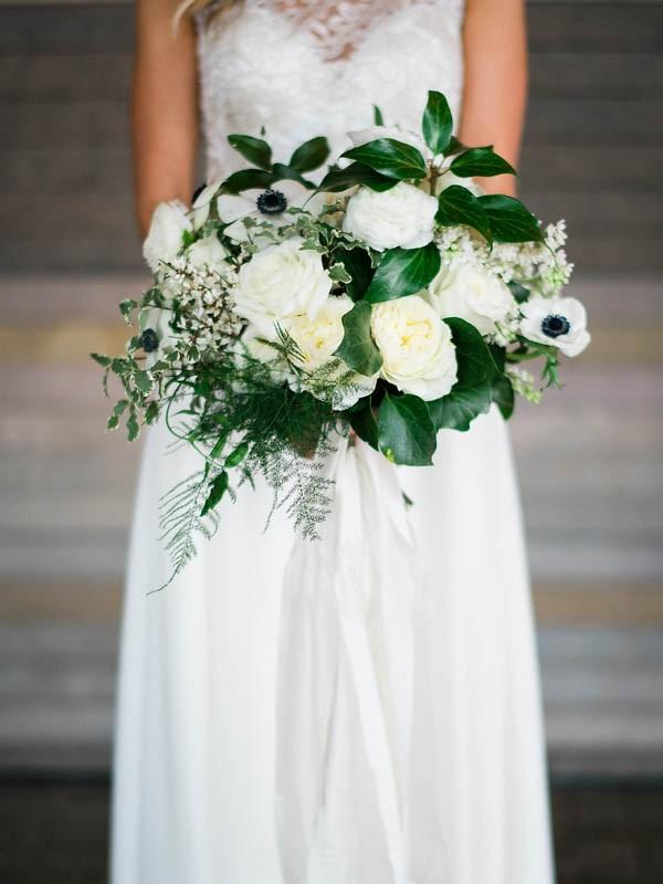 Glamorous-Black-and-Gold-Four-Seasons-Wedding-Ryan-Flynn-Photography-14