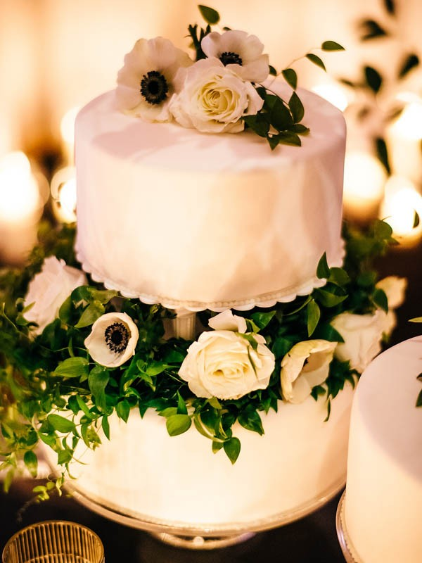 Glamorous-Black-and-Gold-Four-Seasons-Wedding-Ryan-Flynn-Photography-35