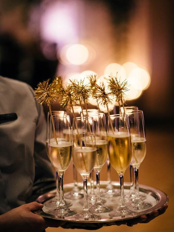 Glamorous-Black-and-Gold-Four-Seasons-Wedding-Ryan-Flynn-Photography-37