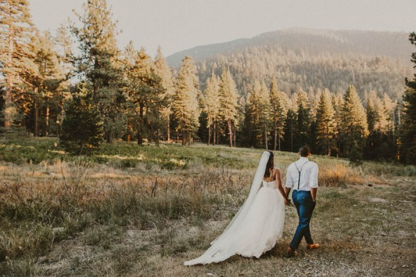 Impossibly-Romantic-Woodland-Wedding-YMCA-Camp-Round-Meadow-19