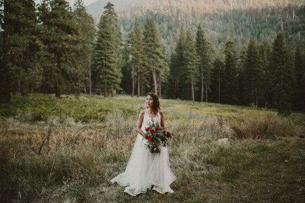 Impossibly-Romantic-Woodland-Wedding-YMCA-Camp-Round-Meadow-21