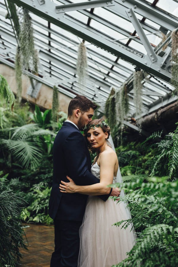 Industrial-Garden-Wedding-Inspiration-Garfield-Park-Conservatory-Erika-Mattingly-Photography-13