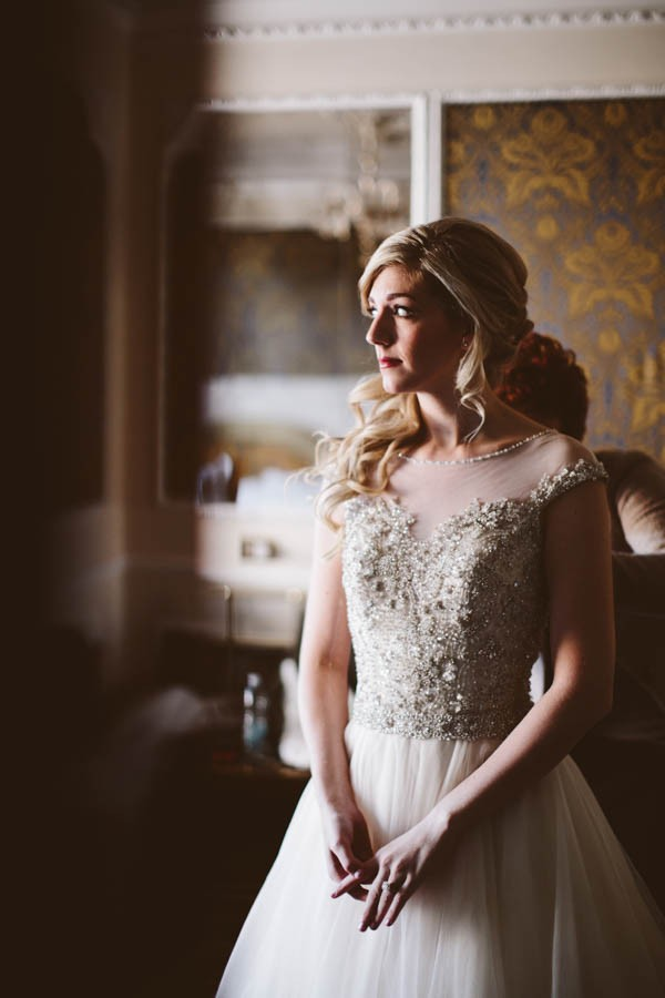 Insanely-Romantic-Grace-Kelly-Inspired-Venice-Elopement-Allison-Harp-Photography-3