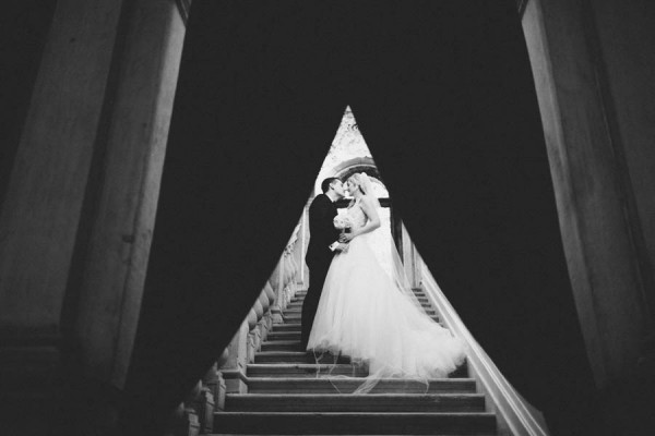 Insanely-Romantic-Grace-Kelly-Inspired-Venice-Elopement-Allison-Harp-Photography-34