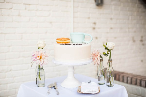 Laid-Back-Annapolis-Wedding-That-Doesn't-Skimp-Pretty-24