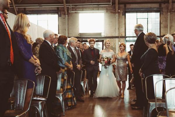 Modern-Classic-Ottawa-Wedding-Horticulture-Building-20