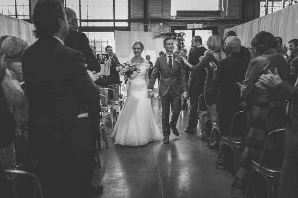 Modern-Classic-Ottawa-Wedding-Horticulture-Building-23