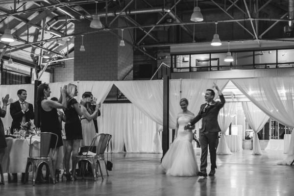 Modern-Classic-Ottawa-Wedding-Horticulture-Building-25