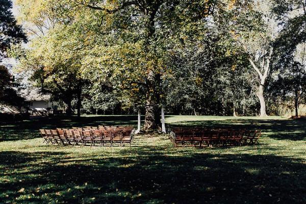 Modern-Cuyahoga-Valley-Wedding-Dark-Wood-Succulents-Addison-Jones-10