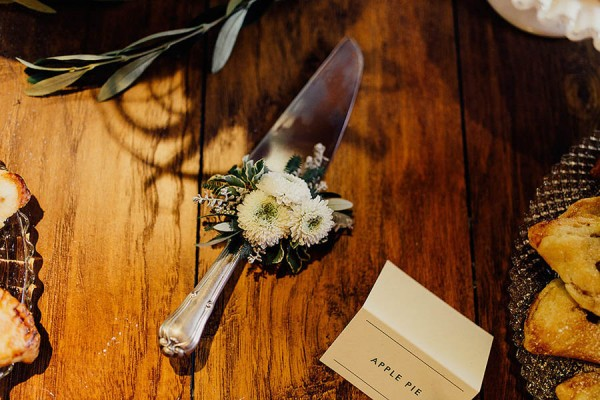 Modern-Cuyahoga-Valley-Wedding-Dark-Wood-Succulents-Addison-Jones-29