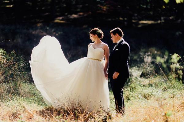 Modern-Cuyahoga-Valley-Wedding-Dark-Wood-Succulents-Addison-Jones-9