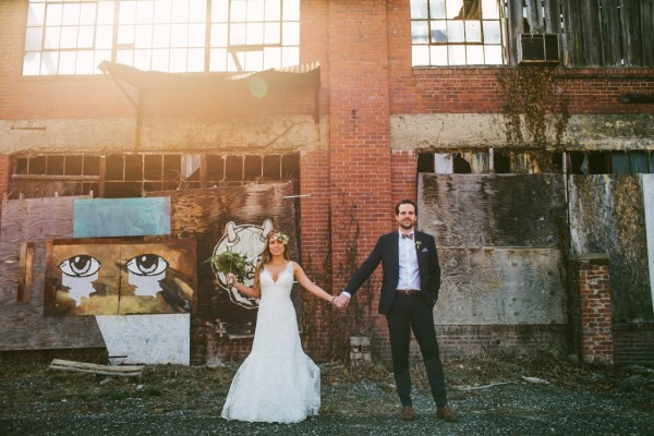 Modern-Ohio-Wedding-at-Strongwater-31-of-46-600x400