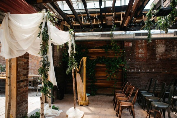 Organic-Industrial-Wedding-at-the-Lusac-Confectionery-Andrew-Franciosa-Studio-0019-600x400