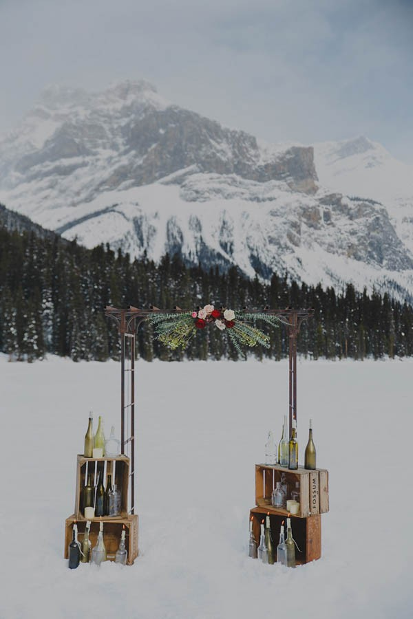 Passionate-Winter-Elopement-Inspiration-at-Emerald-Lake-Lolo-Nola-Photography-21
