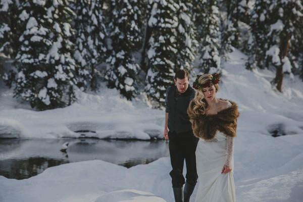 Passionate-Winter-Elopement-Inspiration-at-Emerald-Lake-Lolo-Nola-Photography-27