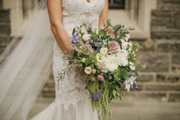Stunning-Toronto-Wedding-at-Hart-House-Daring-Wanderer-30-600x400
