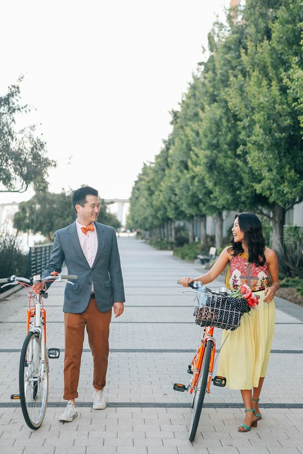Stylish-Bike-Engagement-Session-13-600x899
