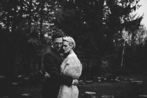 Stylish-Vermont-Barn-Wedding-The-Spragues-15