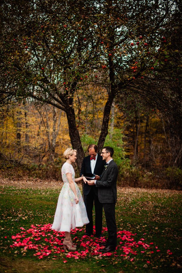 Stylish-Vermont-Barn-Wedding-The-Spragues-18