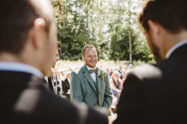Sweetly-Colorful-Scottish-Wedding-Gilmerton-House-15