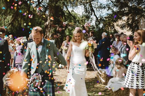 Sweetly-Colorful-Scottish-Wedding-Gilmerton-House-20