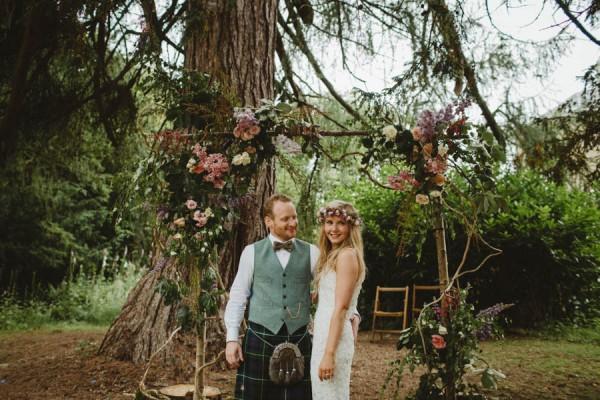 Sweetly-Colorful-Scottish-Wedding-Gilmerton-House-45