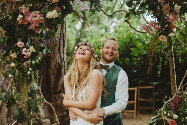 Sweetly-Colorful-Scottish-Wedding-Gilmerton-House-46