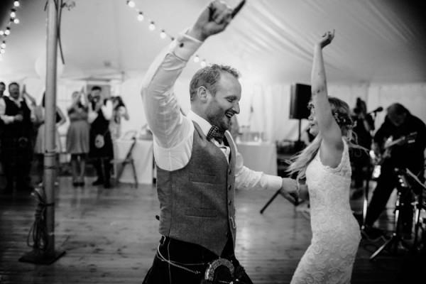 Sweetly-Colorful-Scottish-Wedding-Gilmerton-House-48