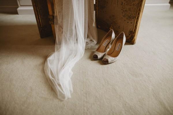 Sweetly-Colorful-Scottish-Wedding-Gilmerton-House-6