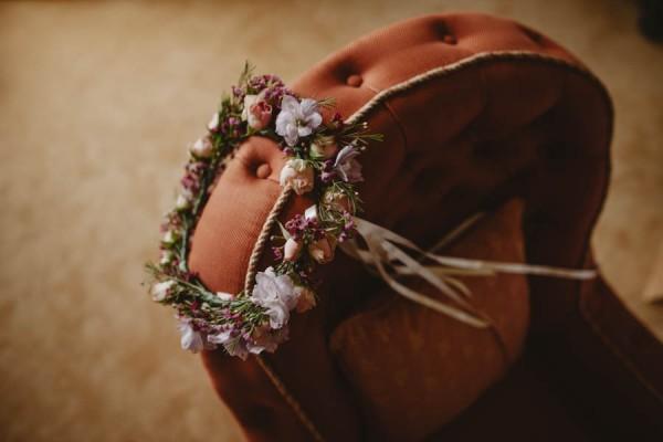 Sweetly-Colorful-Scottish-Wedding-Gilmerton-House-7