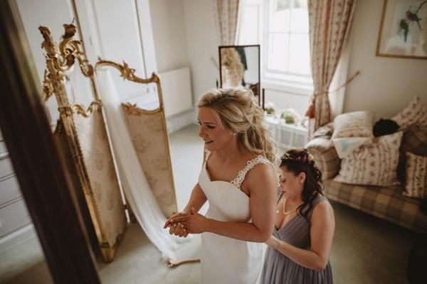 Sweetly-Colorful-Scottish-Wedding-Gilmerton-House-8